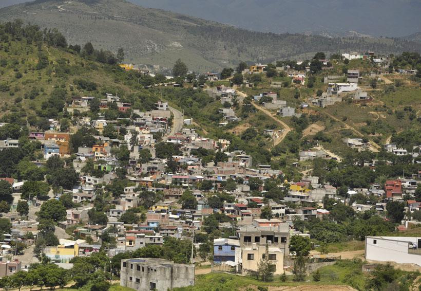 Mancha urbana devora los cerros de Oaxaca | El Imparcial de Oaxaca