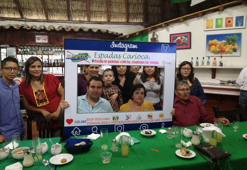 Felicitan a Raquel   El Imparcial de Oaxaca