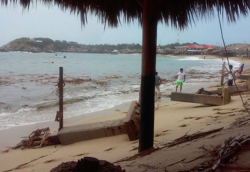 Impacta mar de fondo con olas de hasta 4 metros en la Costa | El Imparcial de Oaxaca