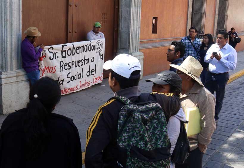 Llevan protesta a Casa Oficial | El Imparcial de Oaxaca