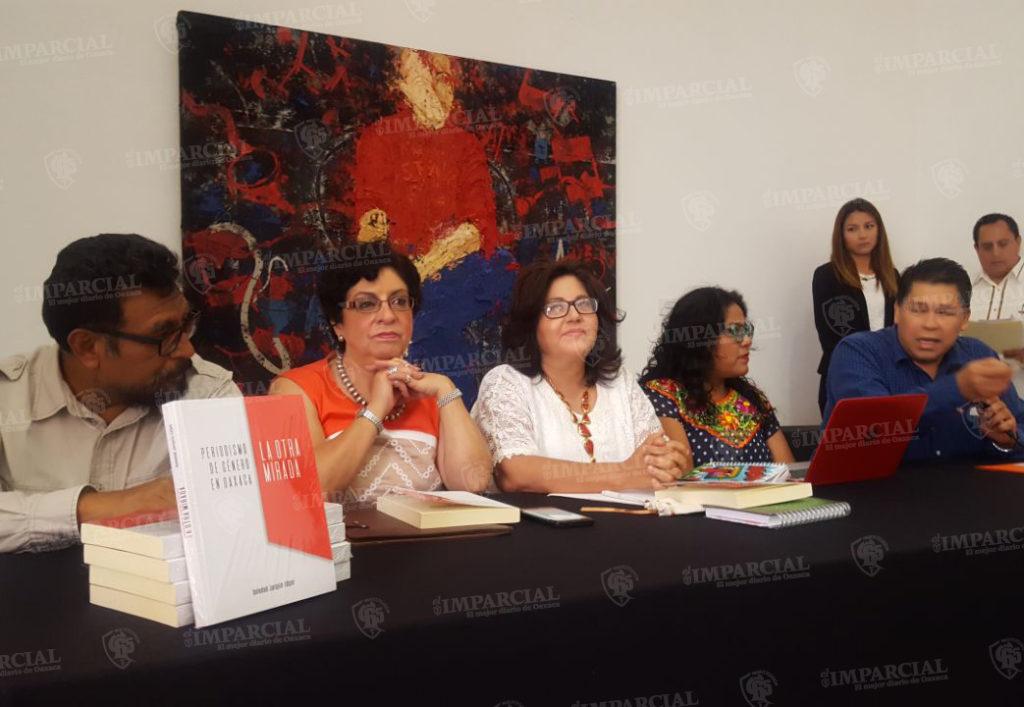 """Presentan """"La otra mirada"""", libro de la periodista Soledad Jarquín Edgar   El Imparcial de Oaxaca"""