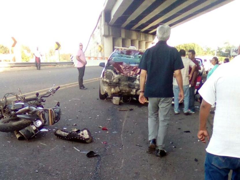 ¡Impacto brutal en Tlalixtac! | El Imparcial de Oaxaca
