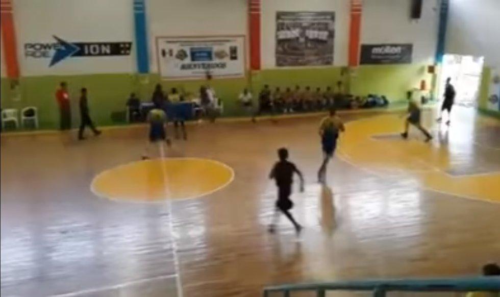 Video: Balacera interrumpe partido de basquetbol entre Oaxaca y BC | El Imparcial de Oaxaca