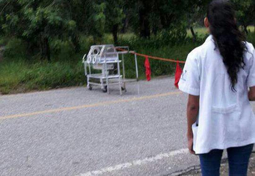 Trabajadores del hospital de Putla bloquean paso a la Costa hasta con incubadoras | El Imparcial de Oaxaca