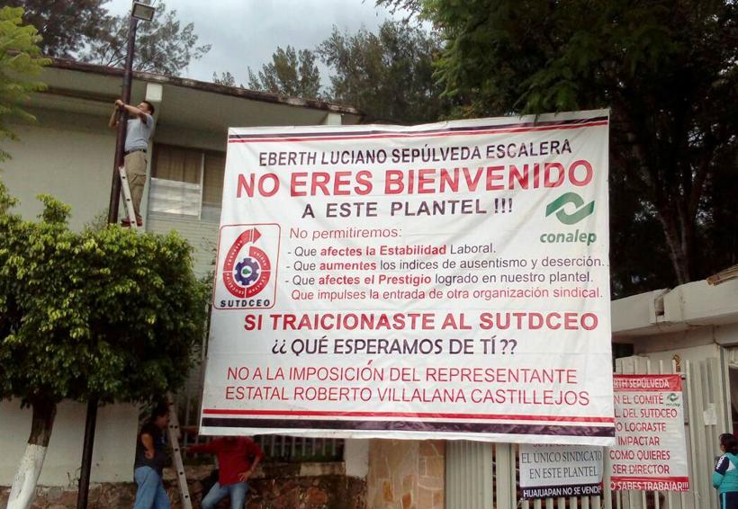 Se manifiestan catedráticos del Conalep de Salina Cruz, Oaxaca para apoyar a compañeros | El Imparcial de Oaxaca