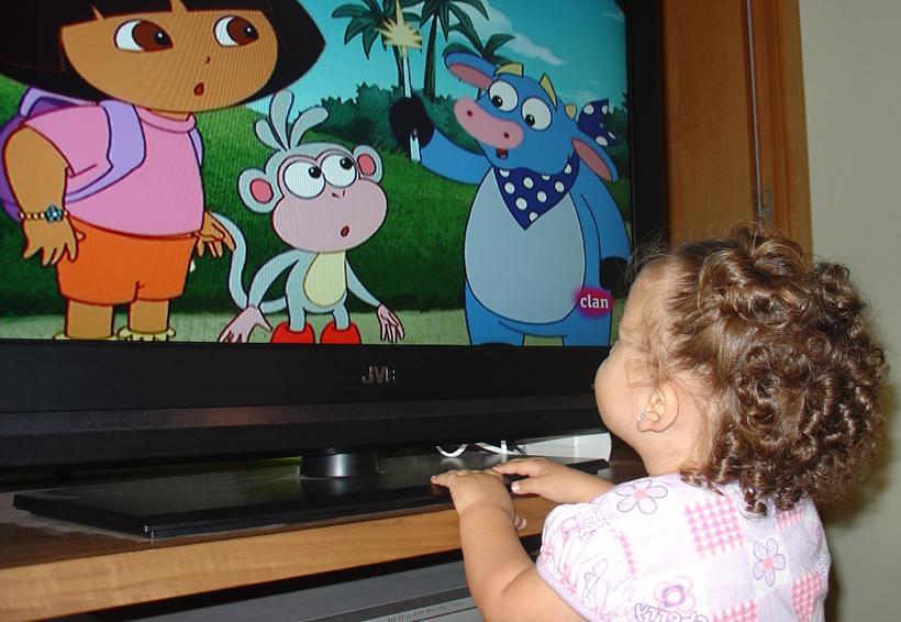 Padres no controlan lo que sus hijos ven en TV | El Imparcial de Oaxaca
