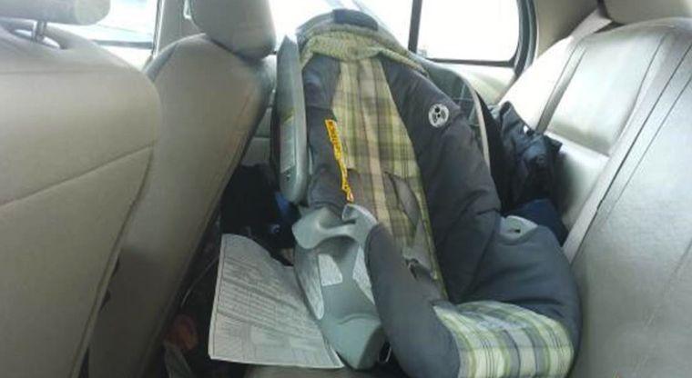 Bebé muere deshidratado luego de que su madre lo olvidara dentro de su auto | El Imparcial de Oaxaca