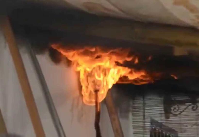 Por quemar un panal incendió su casa | El Imparcial de Oaxaca