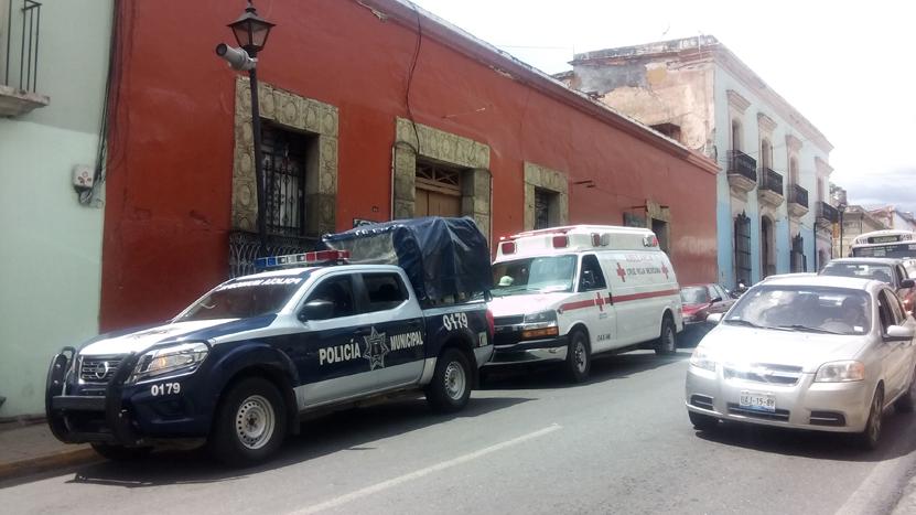 Muere abuelito al caer de azotea en Oaxaca; estaba cortando flores | El Imparcial de Oaxaca