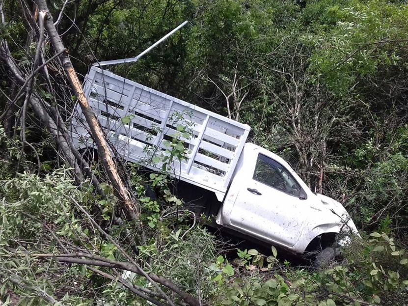 Vuelca camioneta en carretera 190 en Chila de las Flores   El Imparcial de Oaxaca