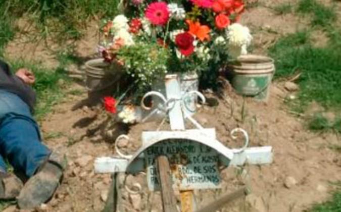 Se quita la vida junto a la tumba de su esposa | El Imparcial de Oaxaca