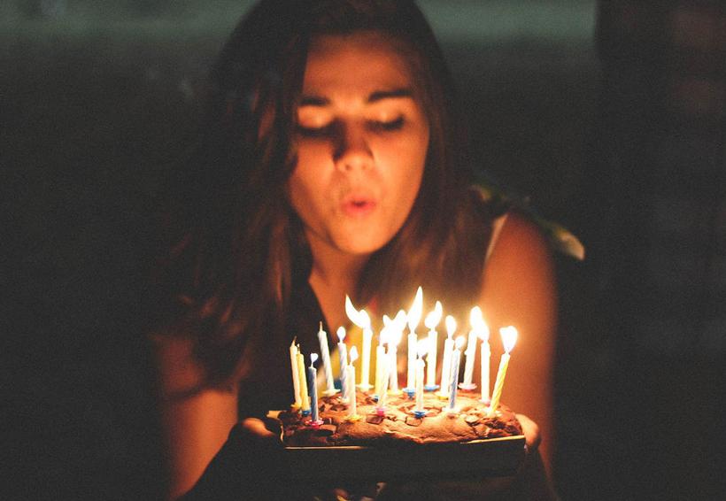 Según un estudio, soplar a las velas del pastel 'lo contamina' | El Imparcial de Oaxaca