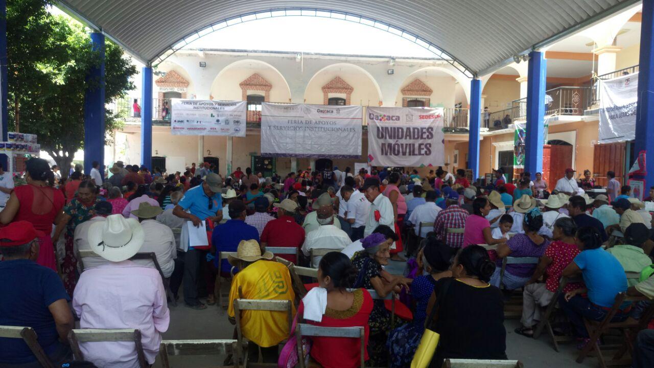 Organizan feria de apoyos y  servicios en Santa María Xadani   El Imparcial de Oaxaca