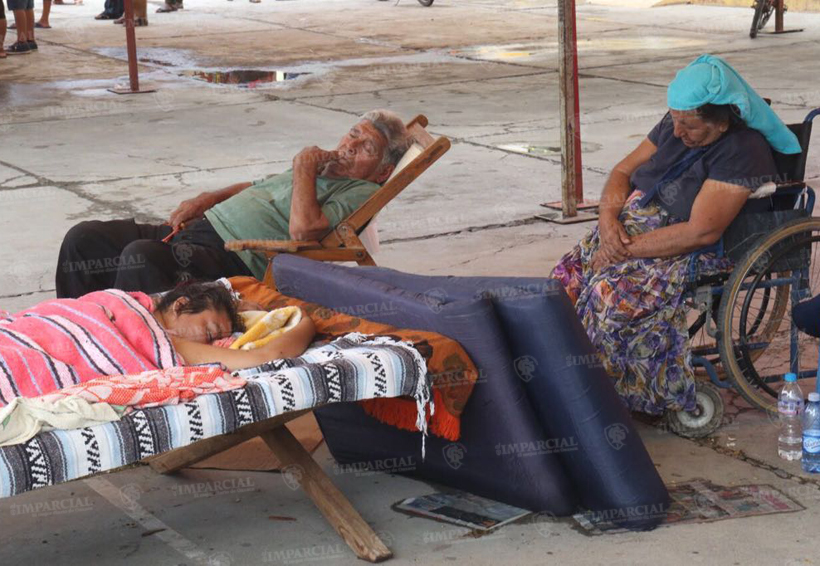 Video: En San Blas Atempa, Oaxaca, solicitan lonas y colchonetas | El Imparcial de Oaxaca