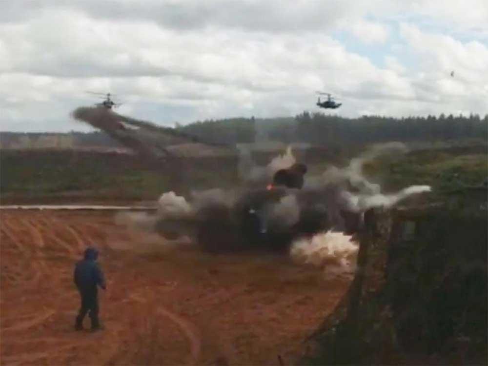 Video: Helicóptero militar lanza cohete contra personas, por error   El Imparcial de Oaxaca