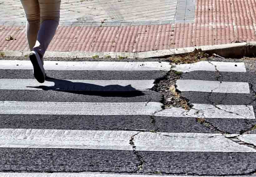 Semarnat pide a gobiernos usar cascajo de sismos para reconstruir banquetas y caminos   El Imparcial de Oaxaca