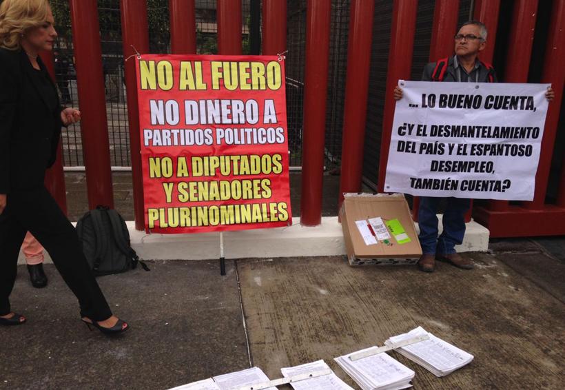 Congreso Nacional Ciudadano pide eliminar el fuero; acusa que 'pluris, son parásitos'   El Imparcial de Oaxaca