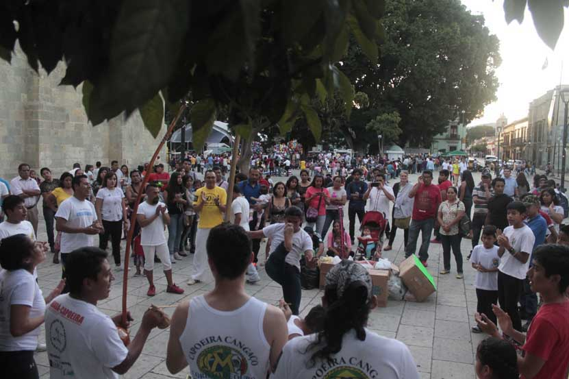 Capoeira a favor de los damnificados | El Imparcial de Oaxaca