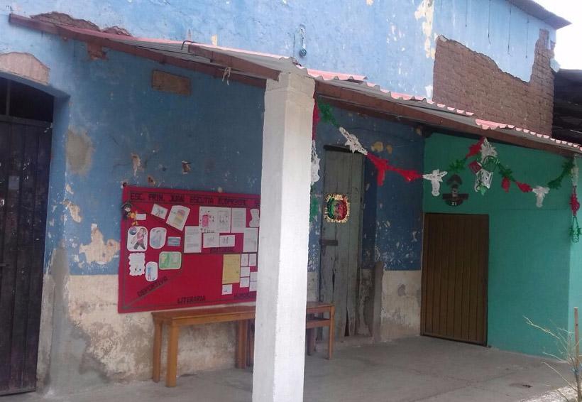 Con severos daños, la escuela primaria de Cuicatlán, Oaxaca | El Imparcial de Oaxaca