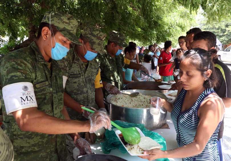 Distribuye Ejército más de 50 toneladas de víveres en Oaxaca   El Imparcial de Oaxaca