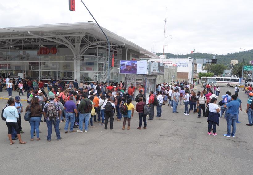 Irritación ciudadana por bloqueos de la Sección 22   El Imparcial de Oaxaca