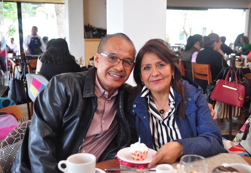 Cumpleaños de Estela | El Imparcial de Oaxaca