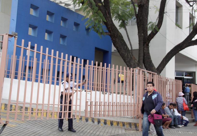 Débil seguridad en el Hospital Civil de Oaxaca | El Imparcial de Oaxaca