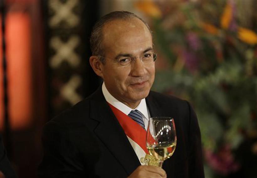 Felipe Calderón pide no eliminar todo el financiamiento público de partidos | El Imparcial de Oaxaca
