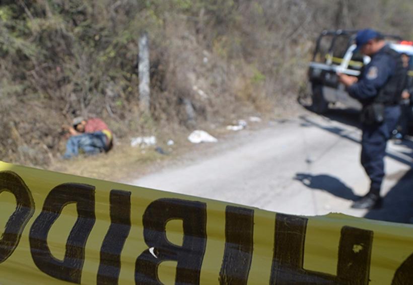 Hallan cuerpo sin vida a orilla de carretera   El Imparcial de Oaxaca