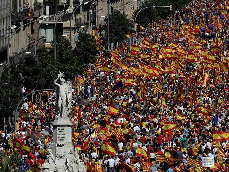 Miles marchan en Barcelona; 'no' a independencia de Cataluña | El Imparcial de Oaxaca