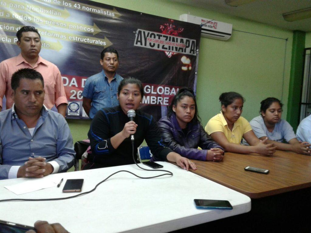 Responzabilizan S-22 y comité estudiantil a director de escuela Normal por muerte de alumna en Tamazulapan | El Imparcial de Oaxaca