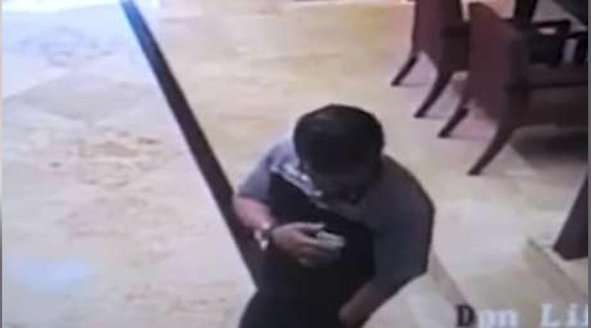 Video: Le explota teléfono en el bolsillo y sufre heridas en el rostro | El Imparcial de Oaxaca