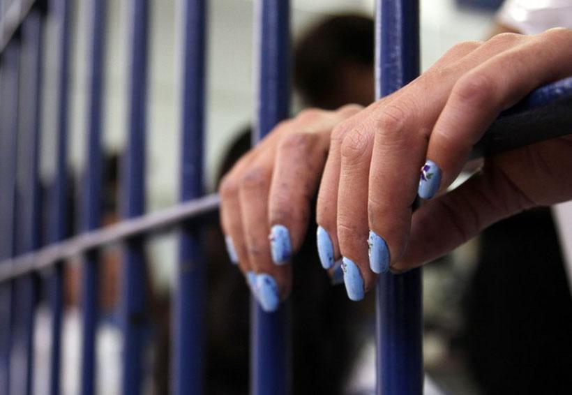 Dan 10 años de cárcel a mujer detenida en aeropuerto con cocaína | El Imparcial de Oaxaca