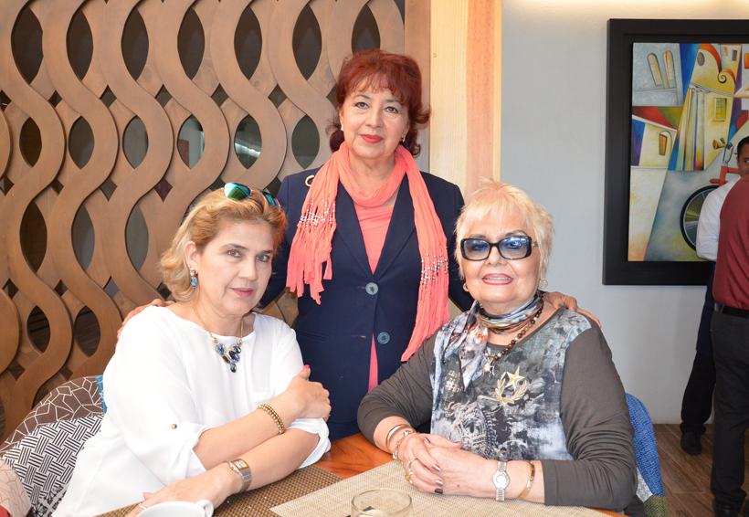 Lucía, Margarita y Arely se reunieron para fortalecer su amistad | El Imparcial de Oaxaca