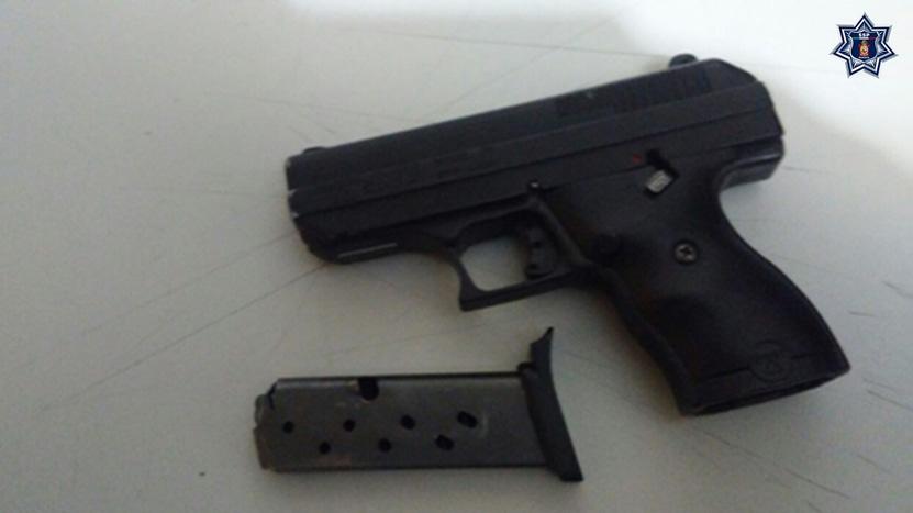 Presumían armas, al 'tambo'   El Imparcial de Oaxaca