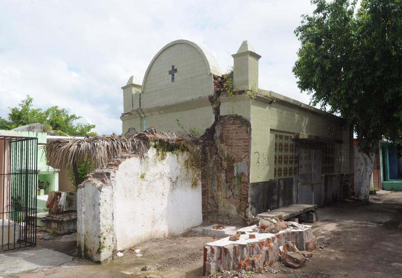 Los muertos de Juchitán, en el olvido | El Imparcial de Oaxaca