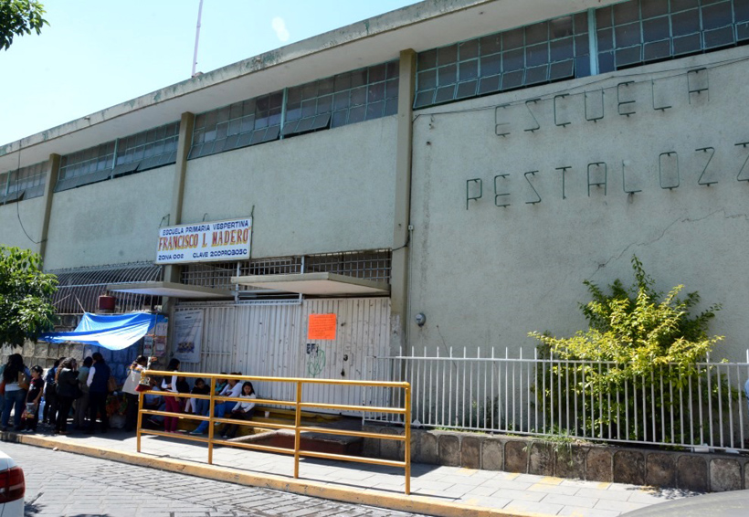 Padres de familia de la Escuela Primaria Enrique Pestalozzi, bloquearán las calles de la ciudad de Oaxaca | El Imparcial de Oaxaca