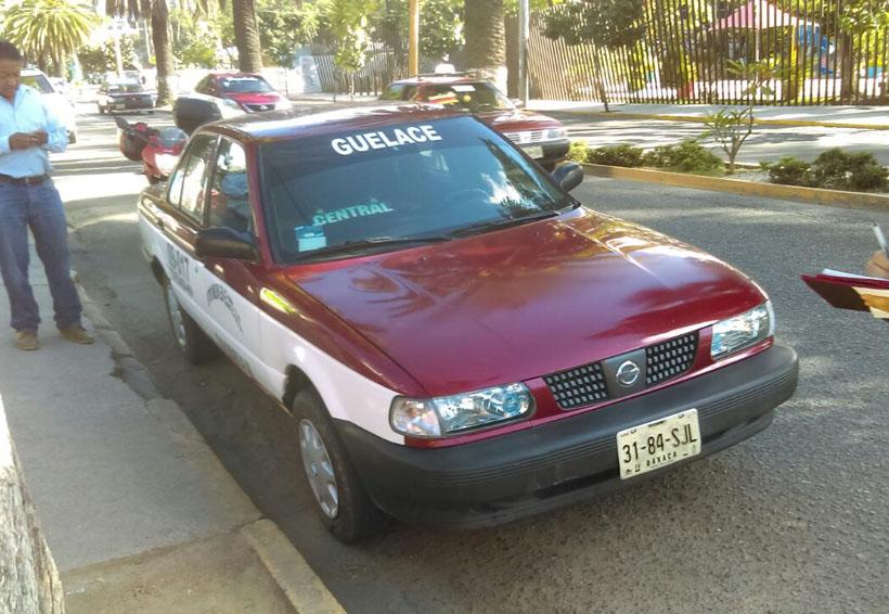 Chocan motociclista y taxista foráneo en Oaxaca; resultan ilesos | El Imparcial de Oaxaca