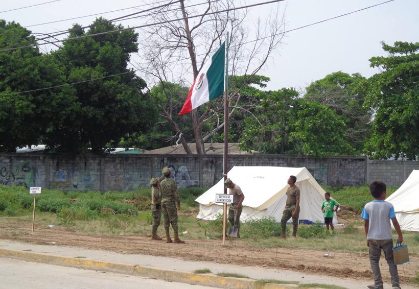Dan refugio a familias de San Pedro Huilotepec, Oaxaca | El Imparcial de Oaxaca