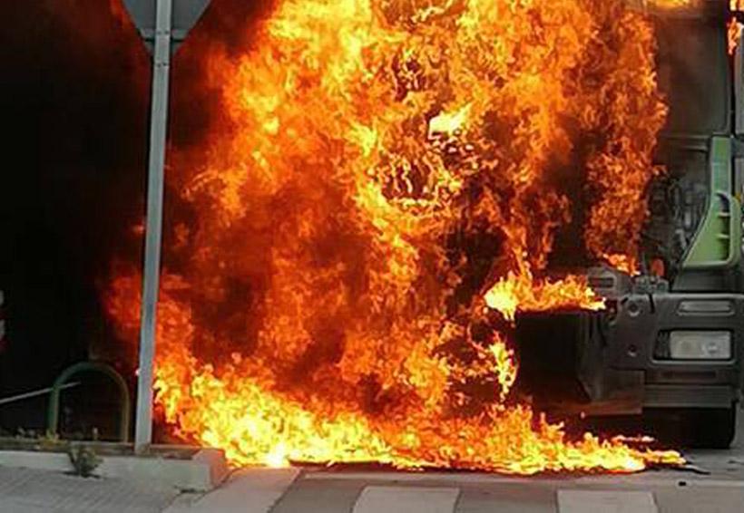 Asesinan a chofer y queman su camión | El Imparcial de Oaxaca