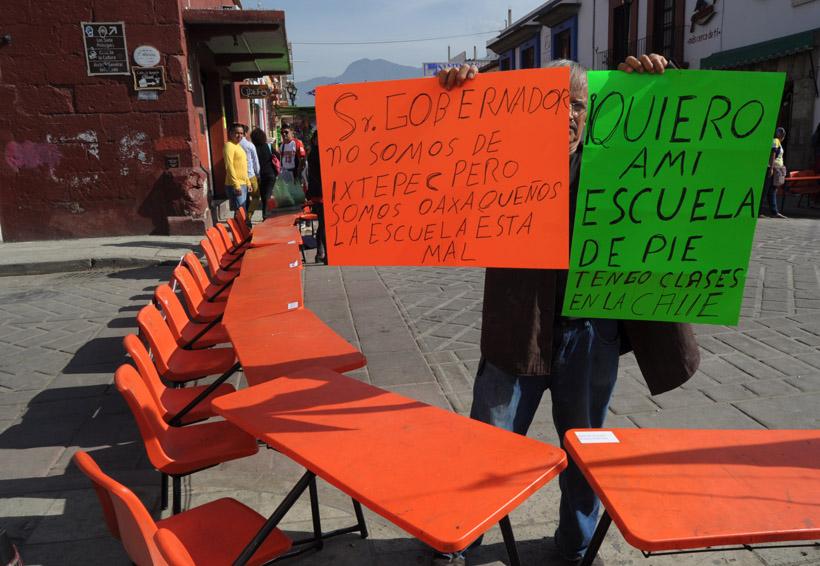 En Oaxaca, alumnos de primaria toman clases en la calle | El Imparcial de Oaxaca