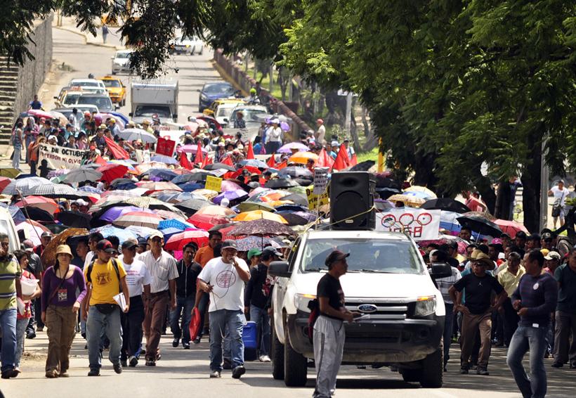 Acuerda Sección 22 plantón masivo en el zócalo   El Imparcial de Oaxaca