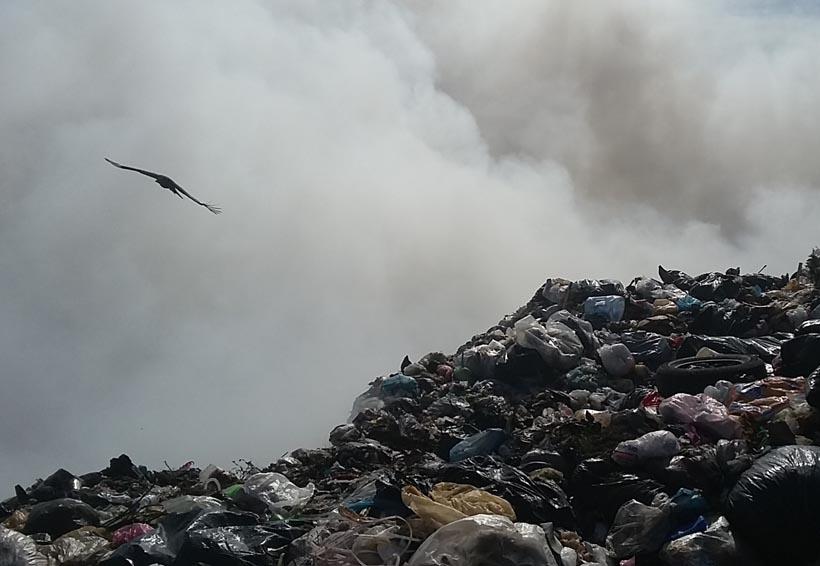Denuncian contaminación por quema de basura en Huajuapan | El Imparcial de Oaxaca