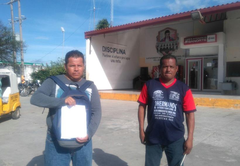 Policías de Juchitán en paro | El Imparcial de Oaxaca