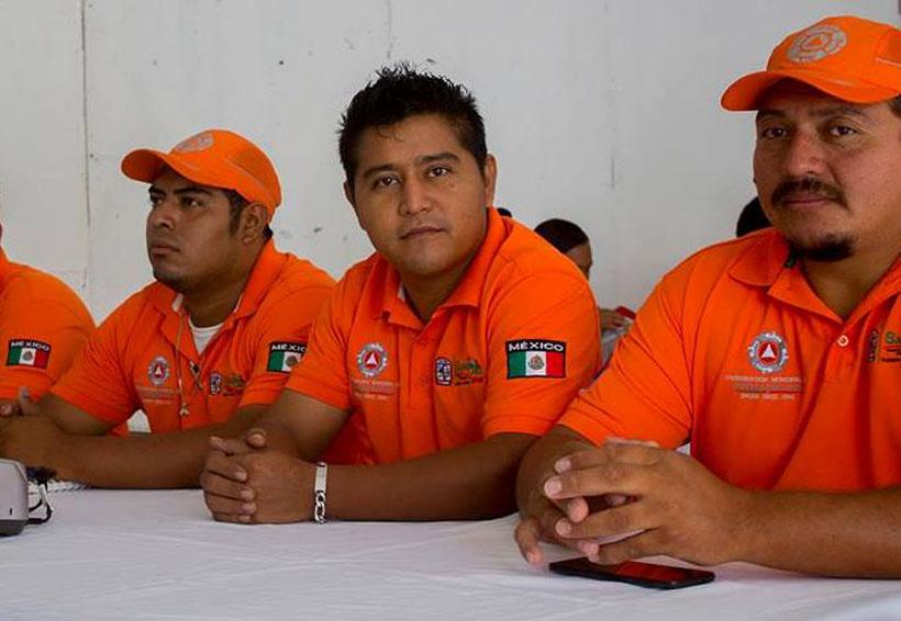 Presentan a  nuevo coordinador  de Protección Civil en Salina Cruz, Oaxaca | El Imparcial de Oaxaca