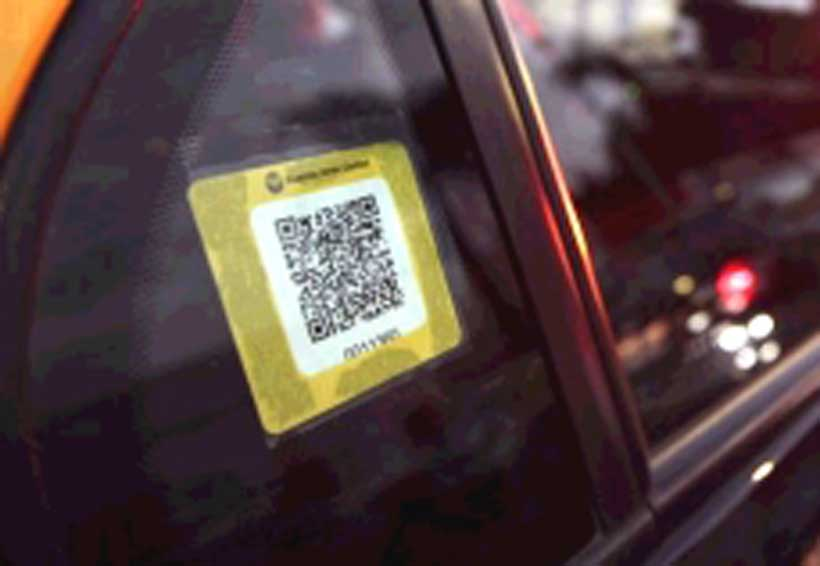 Coloca Sevitra QR a taxis para combatir pirataje en Oaxaca | El Imparcial de Oaxaca