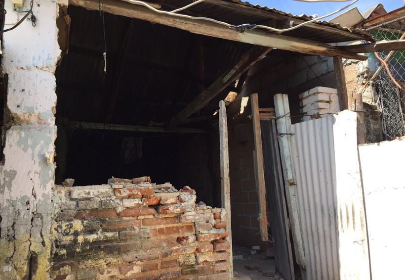Lenta la demolición de  viviendas en Salina Cruz, Oaxaca | El Imparcial de Oaxaca