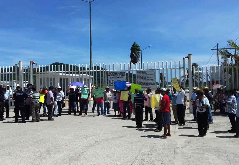 Aceptan pescadores del istmo empleo temporal | El Imparcial de Oaxaca
