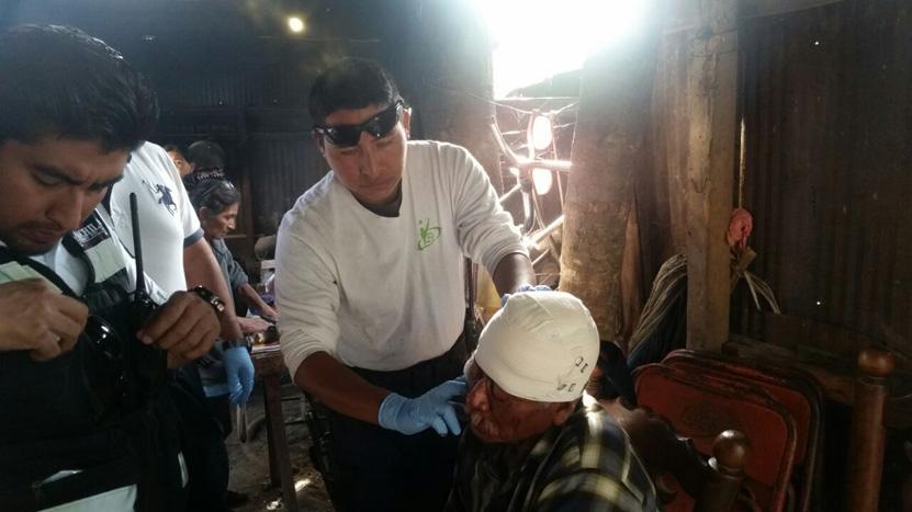 Le dan de  tubazos a anciano en la colonia Guardado en Oaxaca | El Imparcial de Oaxaca