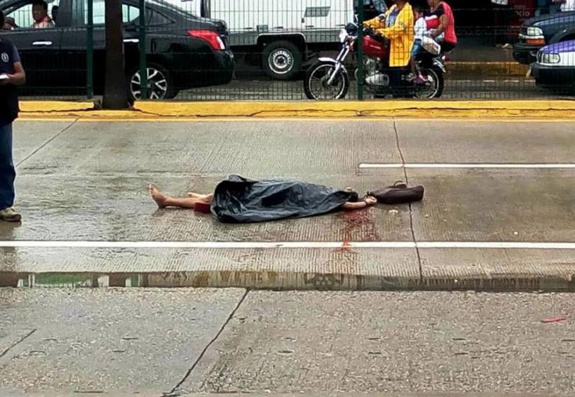 Muere mujer de 60 años arollada por urbanero en Tuxtepec; chofer escapa | El Imparcial de Oaxaca